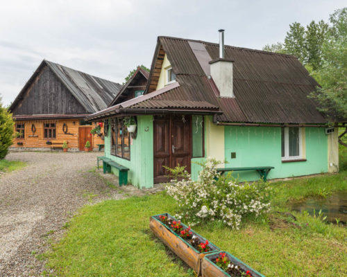 Mały domek wczasowy – cena do uzgodnienia