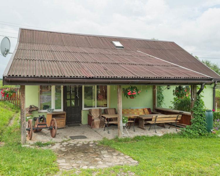 Duży domek wczasowy – cena do uzgodnienia
